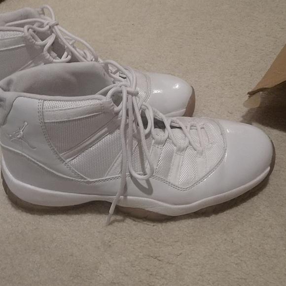 f9c941a057b Michael Jordan Shoes | Mens White 11 Jordan | Poshmark